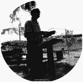 2014_nz-prediger-hm_02-oval-002-x2-75bw1-10
